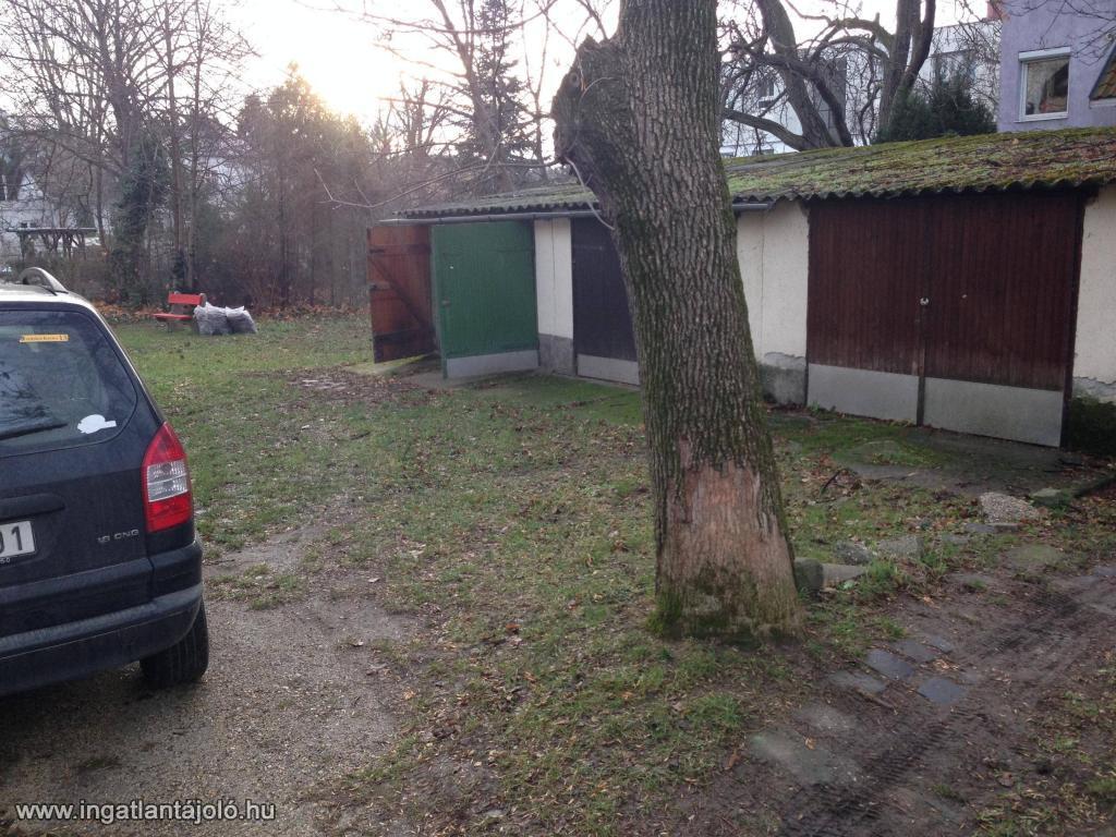 For rent detached garage budapest xii ker let jagell for Detached garage utah