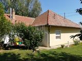 Eladó családi ház, Balatonberény, Kertvárosi környezet!