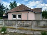 Eladó Ház, Onga