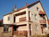 Eladó Miskolc Görömbölyön 658nm-es telken, 280nm-es ház.