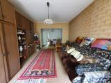 Szarvason közkedvelt városrészen eladásra kínálunk egy I.emeleti 2 szobás erkélyes lakást