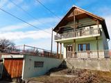 Szigetszentmiklós Dunaparton eladó 116 m2 nappali+4 szobás ház