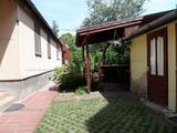 Szentendre belvárosában kétlakásos családi ház eladó